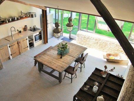 Luxe en sfeervol appartement in frankrijk met table d for Design appartement frankrijk