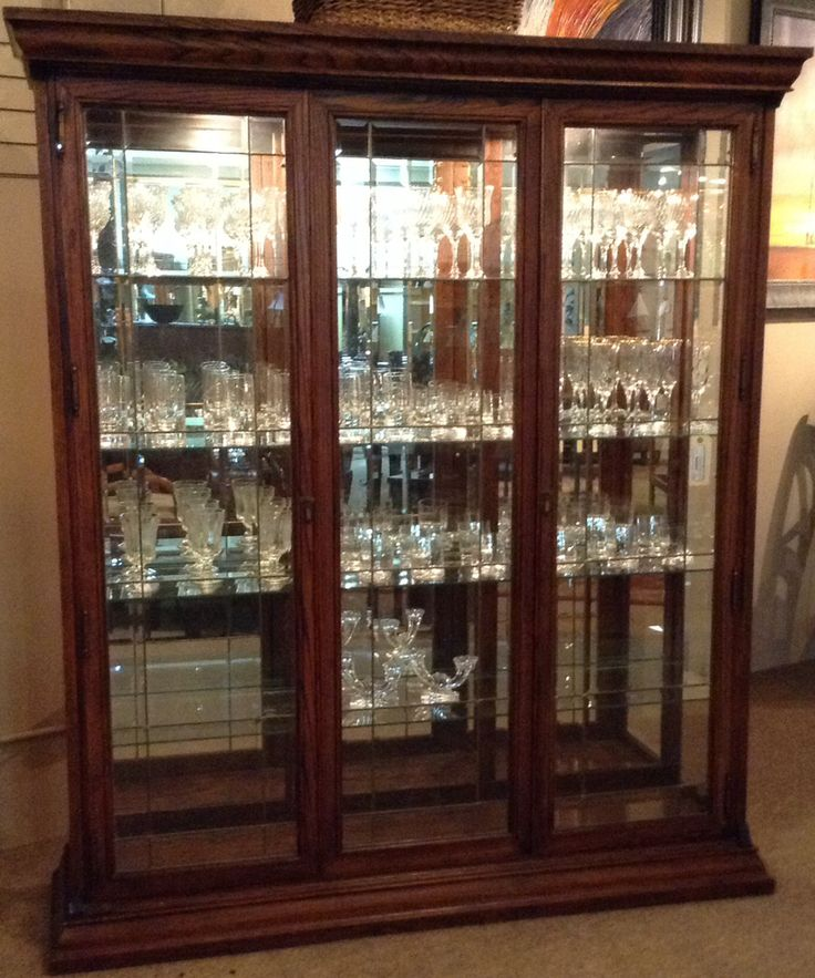 17 best Curio Cabinet images on Pinterest Bakers rack Bedroom