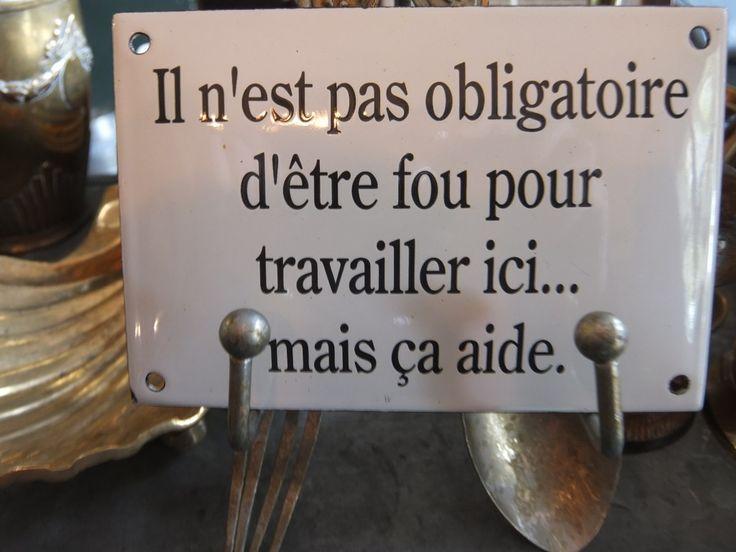 Plaque sur le comptoir au Jardin des Quais (L'Isle sur la Sorgue)