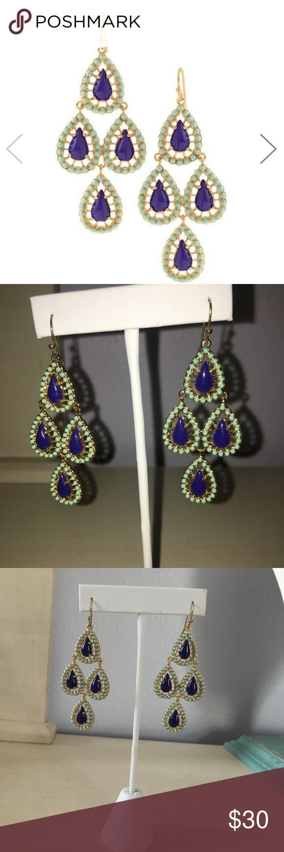 Stella & Dot Seychelles Chandelier earrings Stella & Dot Seychelles Chandelier earrings in blue and turquoise. 2 1/4 inches long. Brand new, perfect condition, out of packaging. Stella & Dot Jewelry Earrings