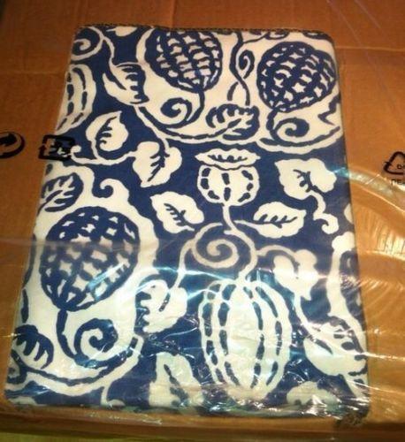 85 schlafcouch von ikea in dunkelblau bettsofa. Black Bedroom Furniture Sets. Home Design Ideas
