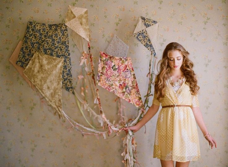 Tooooo adorable! Just everything!    Fashion & Styling: Ruche {shopruche.com} / Photography by Elizabeth Messina {kissthegroom.com}