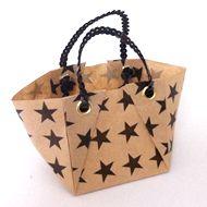 折り紙トートバッグの作り方|折り紙|紙小物・ラッピング|アトリエ|手芸レシピ16,000件!みんなで作る手芸やハンドメイド作品、雑貨の作り方ポータル