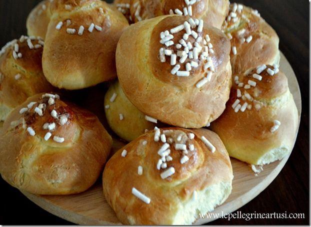Le pellegrine Artusi: Brioche con granella di zucchero