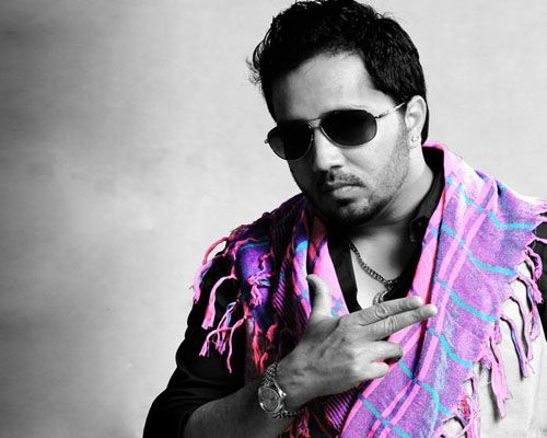 Latest list of top 10 Mika Singh songs 2017 of Bollywood movies and latest Mika new songs 2017 from Punjabi films and albums. Best of Mika Singh songs.