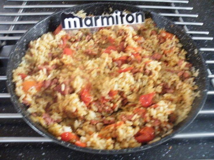 chair à saucisse, tomate, ail, persil, riz