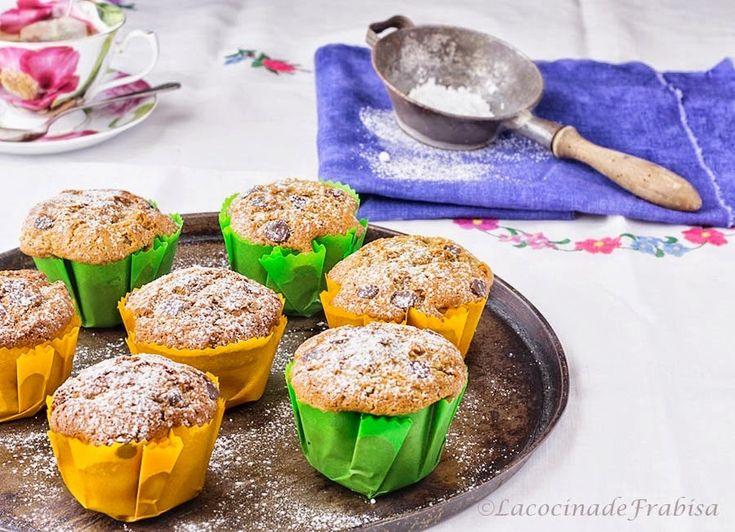 La cocina de Frabisa: Muffins de Té Matcha y chocolate. Moldes de colores caseros.