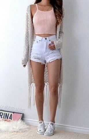 Cute crop tops go so well with cardigans and jean shorts!