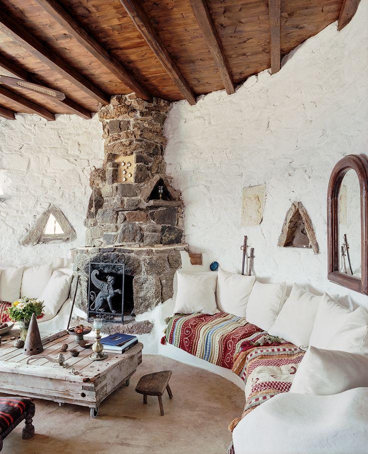 Островной греческий стиль привлекает простотой и естественностью
