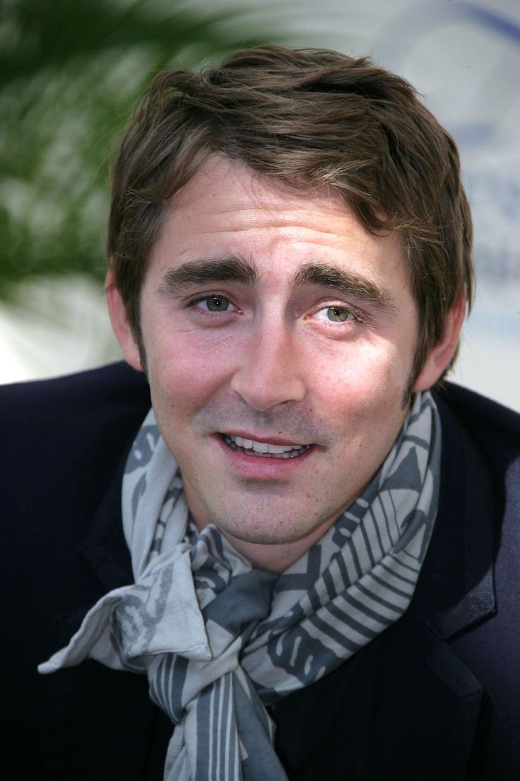 【HQ】2008.06.10 - Lee Pace attends a photocall promoting the television series 'Pushing Daisies' during the 2008 Monte Carlo Television Festival