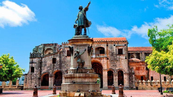 Parque de Colón en Santo Domingo #viajes #republicadominicana #santodomingo #caribe #viajar