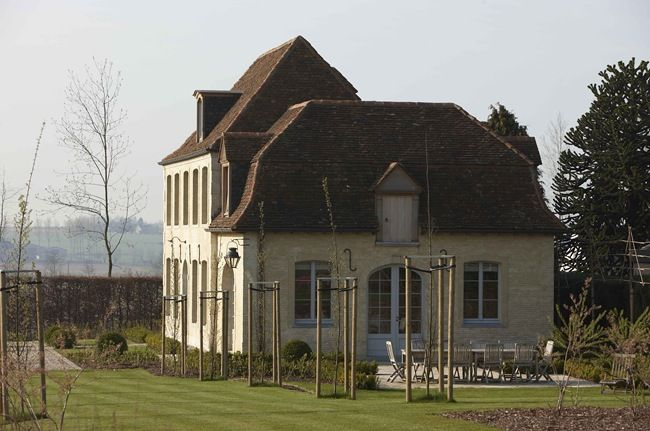 The charming country house of architect François-Xavier Van Damme