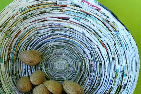 Coiled Paper Basket: Crafts Drawings Ideas, Paper Basket, Magazine Bowl