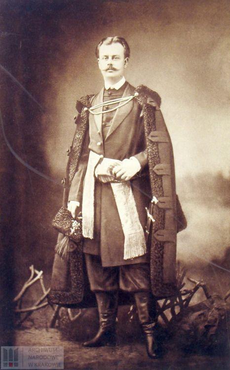 Portrait of the countArtur Potocki (1850-1890) in traditional costumes of Polish szlachta [nobility]. Picture via Archiwum Narodowe w Krakowie.