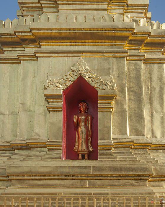 2013 Photograph, Wat Muen Ngen Kong Phra Chedi Buddha Niche, Tambon Phra Sing, Mueang Chiang Mai District, Chiang Mai Province, Thailand, © 2013.  ภาพถ่าย ๒๕๕๖ วัดหมื่นเงินกอง ช่องพุทธเจ้า พระเจดีย์ ตำบลพระสิงห์ เมืองเชียงใหม่ จังหวัดเชียงใหม่ ประเทศไทย