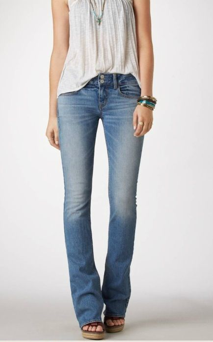 Love these boot cut jeans. No distressing.