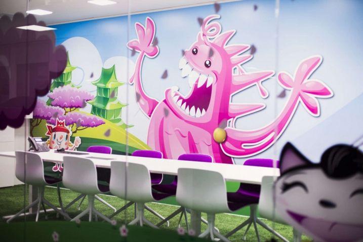 La société King, créateur du jeu Candy Crush Saga a fait appel à Adolfsson & Partners pour réaliser la décoration et l'aménagement de ses nouveaux bureaux.