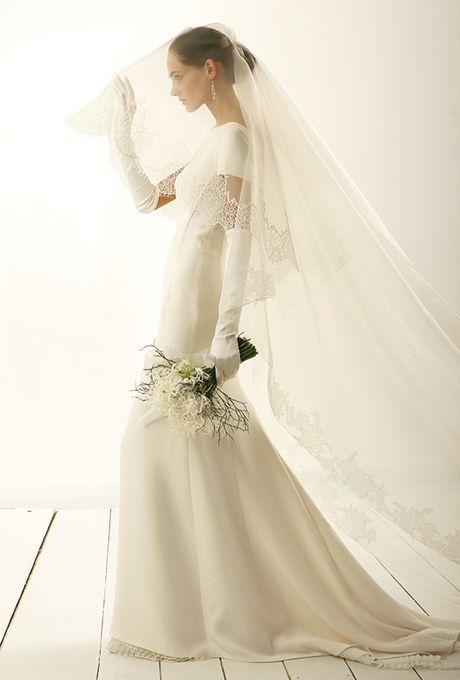 憧れるけど、なんだかハードルが高い。理想の≪マーメイドラインドレス≫の着こなし術♡にて紹介している画像