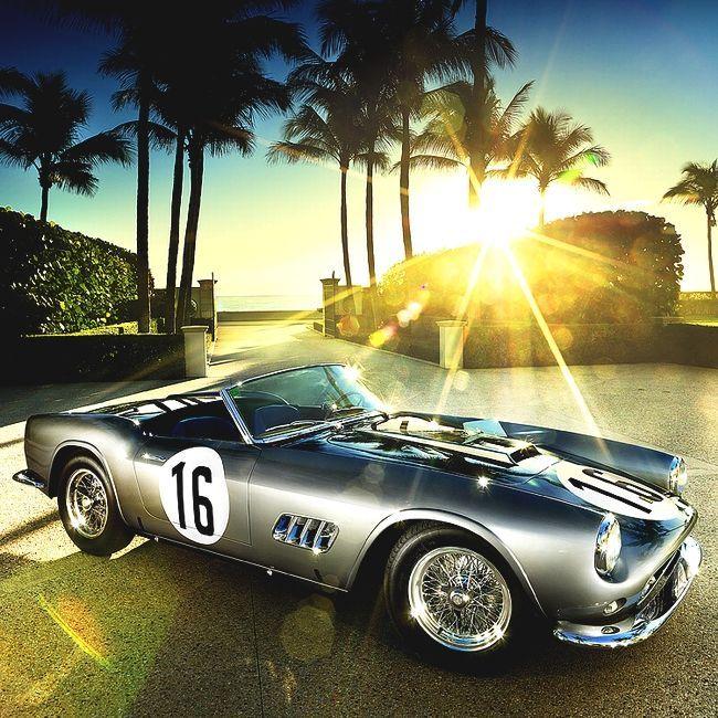 1959 Ferrari 250 GT LWB California Spyder Competizione