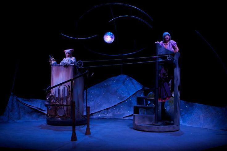 'Une lune entre deux maisons' Théâtre Carrousel  - décor