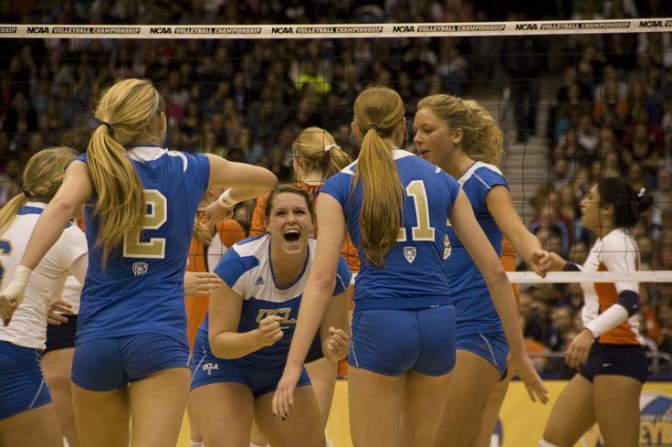 Wallpaper Volleyball Quotes Ucla Volleyball Ucla S Lauren Van Orden Celebrates A