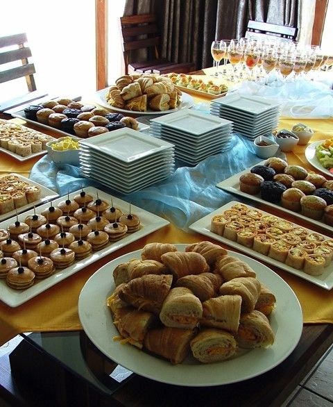 Continental breakfast buffet food presentation ideas for How to buy a bed and breakfast