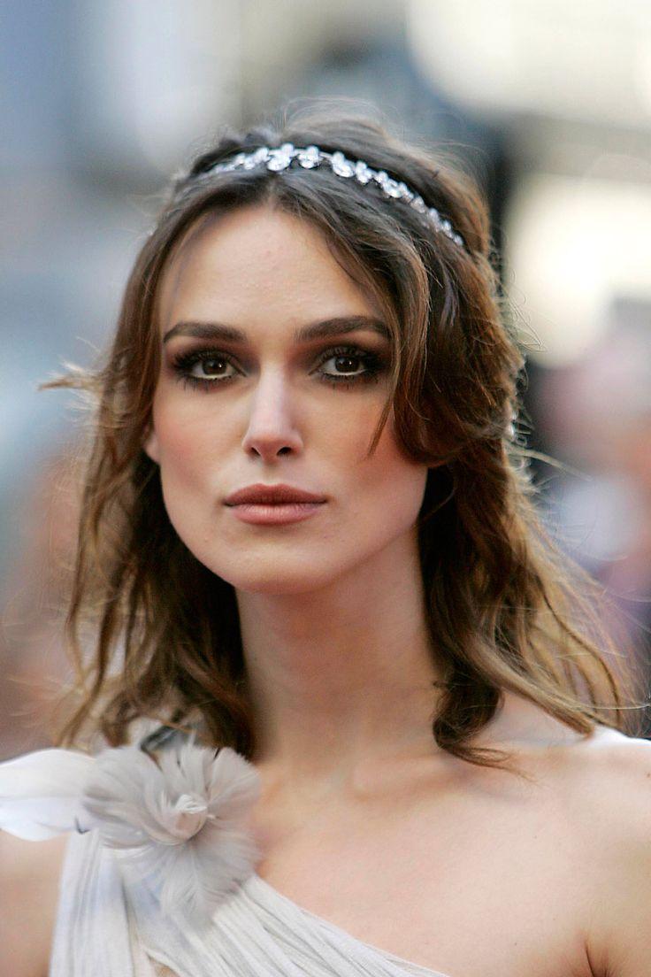 shopping y joyas en el pelo para novias en el dia de su boda: Keira Knightley