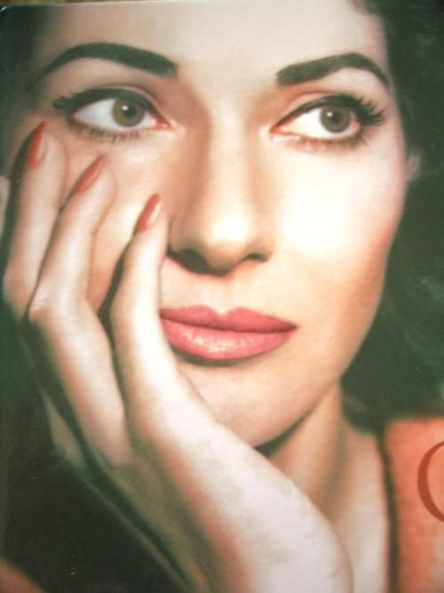 Maria Callas — Amazingly beautiful!