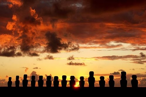 Sunset, Isla de Pascua, Chile ...