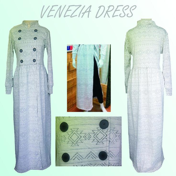 VENEZIA DRESS Rp 149.000   Dress bahan kaos tebal import dengan motif etnik ini sangat nyaman dipakai. Dengan belahan tertutup didepan klop banget dipakai dengan legging/celana anda.  ORDER : SMS/WA 0858 1340 1234 Ukuran: Allsize (fit dr size S-L) Berat Produk:  0.429 Kg Bahan: Kaos tebal import  (Dingin, lembut, elastis,tebal) Panjang: 132 Cm Lingkar Dada: 94 - 100 Cm Lingkar Pinggul: 120 cm - freesize Panjang Lengan: 55 Cm  Warna:  Abu motif