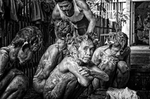 queued for bathed by m salim bhayangkara