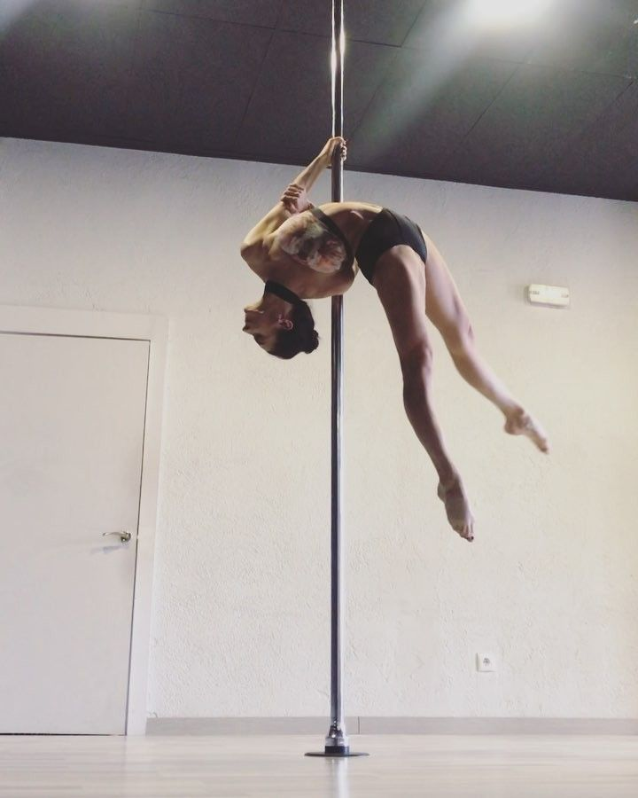 Marion Crampe On Instagram Hold Tight And Train Safe If You Give A Try Been Working Around This Lil Guy Fo Pole Dancing Pole Fitness Pole Dancing Fitness