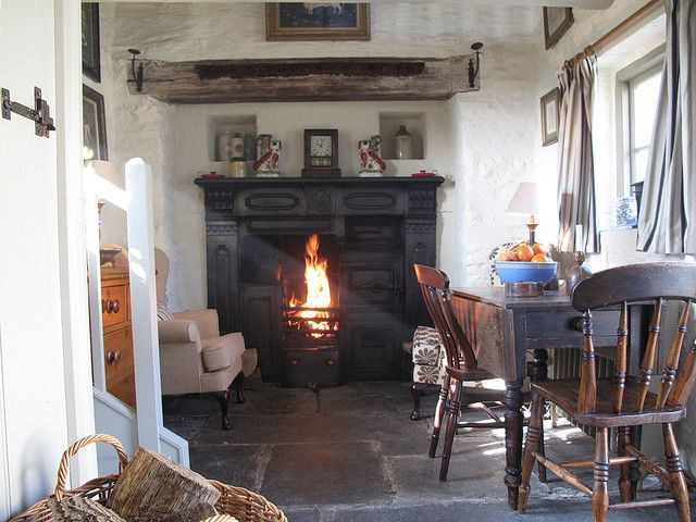 Bakehouse interior by Plas Pennant, http://www.underthethatch.co.uk/popty