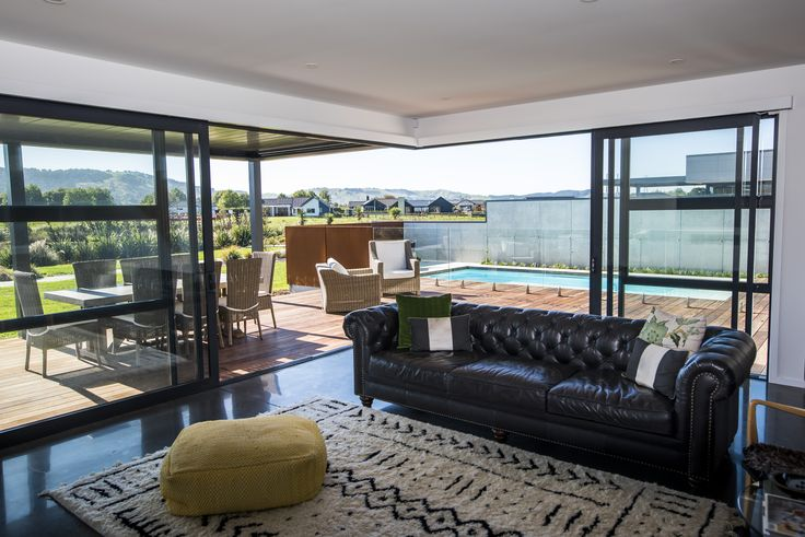 + St Kilda Wetlands Duplex - Living/Outdoor Entertaining +