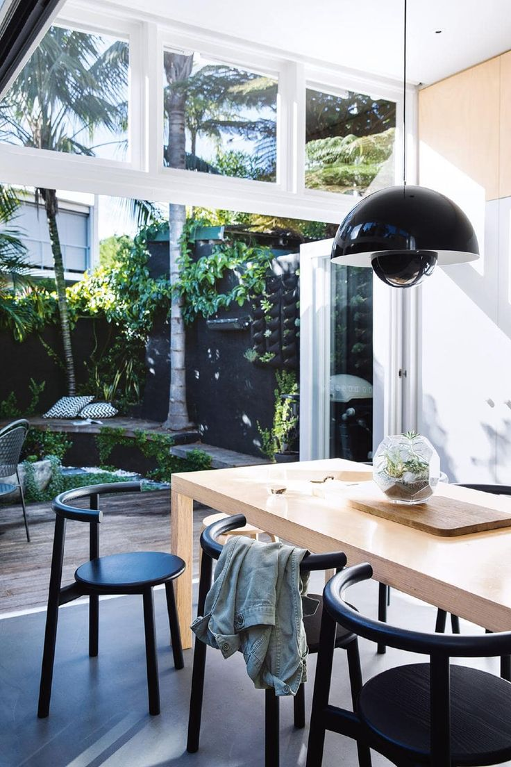 Minimalist inspiration from a light filled terrace