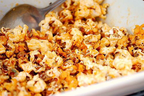 Flavored Stove-top Popcorn:  recipes for Italian popcorn, Chili popcorn, Buffalo popcorn, Asian popcorn, Curry popcorn & Peanut Butter and Honey.