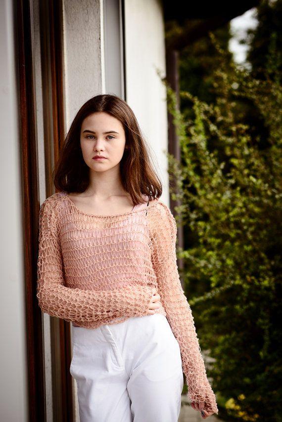 Pink short sleeved shrug/loose waeve /summer by Isabellwoolstudio