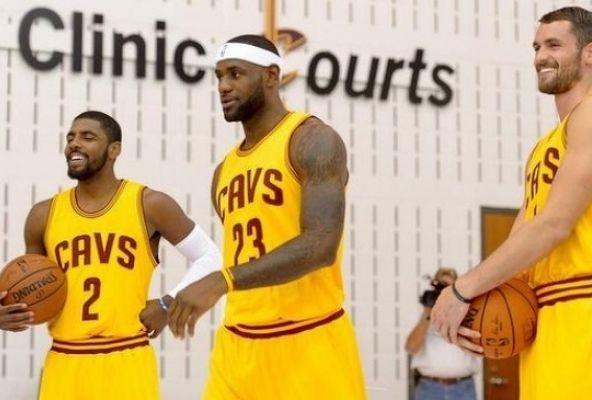 NBA News: LeBron James Welcomes Tyronn Lue After Removal Of David Blatt - http://www.morningnewsusa.com/nba-news-lebron-james-welcomes-tyronn-lue-removal-david-blatt-2354086.html
