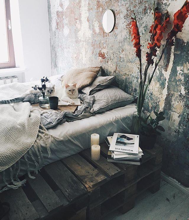 Ne #ilCottagechevorrei la camera da letto è semplice ed essenziale; la…
