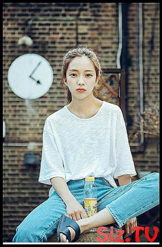 Long straight korean hairstyle women with fringes # under # asian # rare # extraordinary # extreme - #french #women #dress #straight