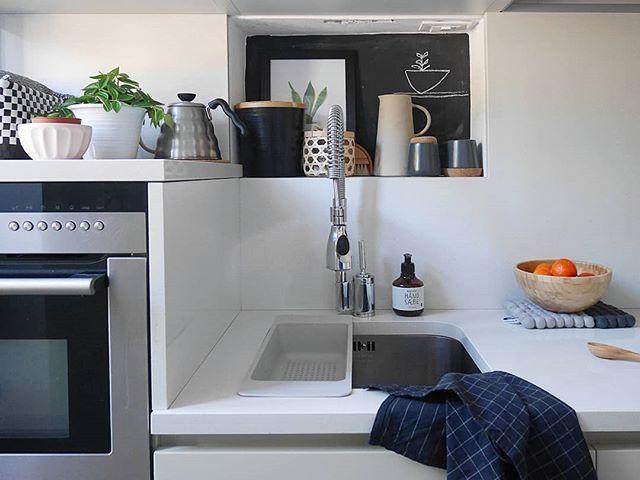 Oltre 25 fantastiche idee su tendenze della cucina su - Meglio luce calda o fredda in cucina ...