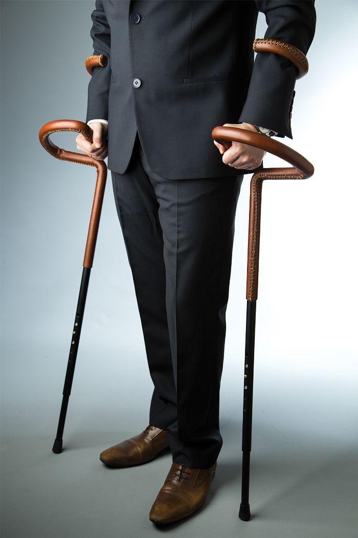 une nouvelle vision de la béquille traditionnelle,baptisée Flamingo, Flamingo Crutch Exc. par Can Guvenir, jeune designer trurc