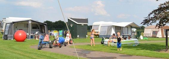 Camping Van 't Zandeind - boerderijcamping Riel