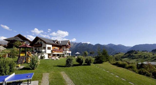 Hotel Garni am Sonnberg - 4 Sterne #Hotel - EUR 99 - #Hotels #Österreich #Fiss http://www.justigo.at/hotels/austria/fiss/garni-am-sonnberg_39279.html