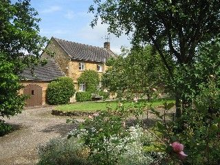 Chipping Campden Cottage Rental: Cosy Cotswold Cottage In Tranquil Ilmington Village Setting. | HomeAway
