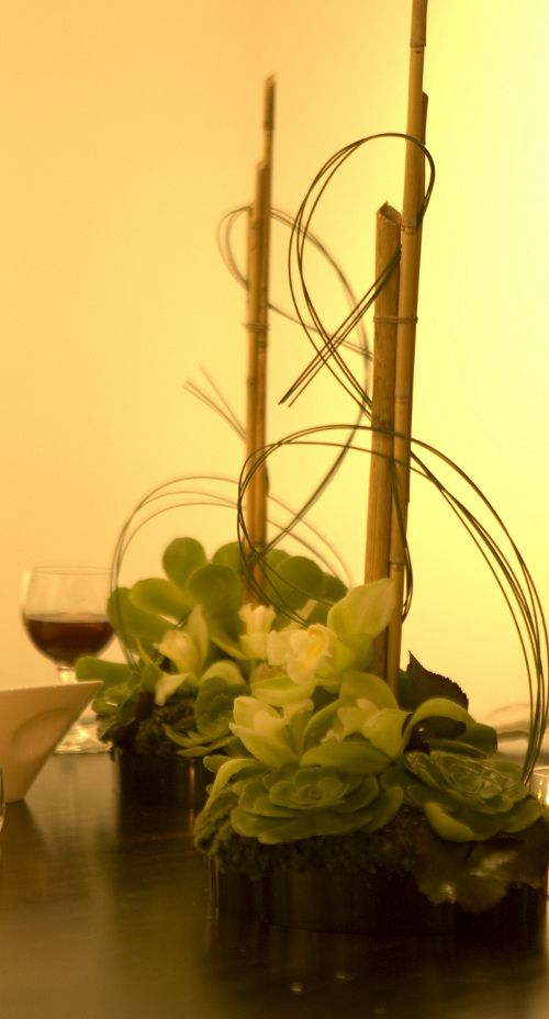 9 best images about asian table decor on pinterest for Contemporary table centerpieces