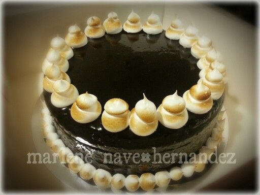 Old fashioned Chocolate cake wit mallow icing