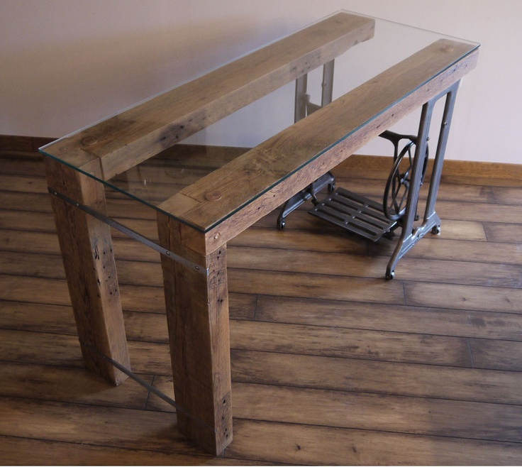 Reclaimed wood desk by ticino design for Design hotel tessin