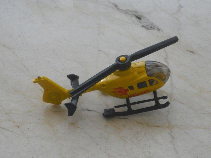 Blechspielzeug - Hubschrauber - Spielzeughubschrauber - Modell - ein Designerstück von allesfuermich bei DaWanda