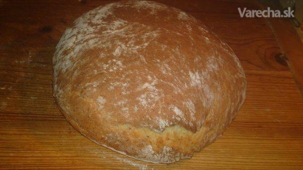 Biely domáci zemiakový rascový chlieb (fotorecept)